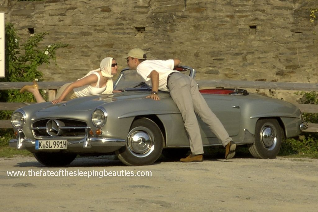 Kay Hottendorff together with his wife Andrea on a holiday trip in a 1963 Mercedes Benz 190 SL Roadster (photo Kay Hottendorff 2004)