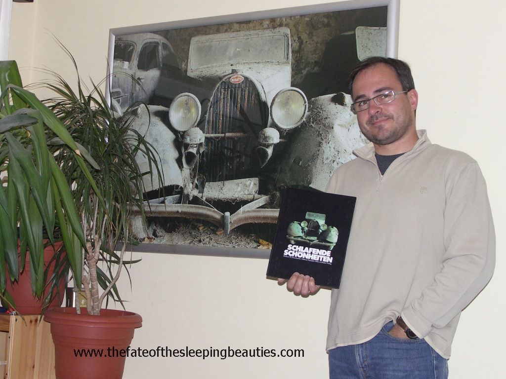 Kay Hottendorff with Sleeping Beauties poster and book, which founded his barn find passion (photo Kay Hottendorff, 2008)