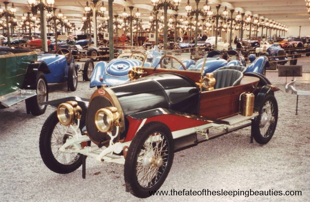 Schlumpf-Museum-1997-1914-Bugatti-T17-And-Exhibition-Hall